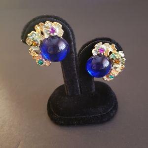 Vintage Two Sisters Clip Earrings